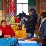 Иволнинский дацан. Согчен-дуган. Аюша лама Мункуев поет мантру, посвященную Хамбо ламе Этигэлову