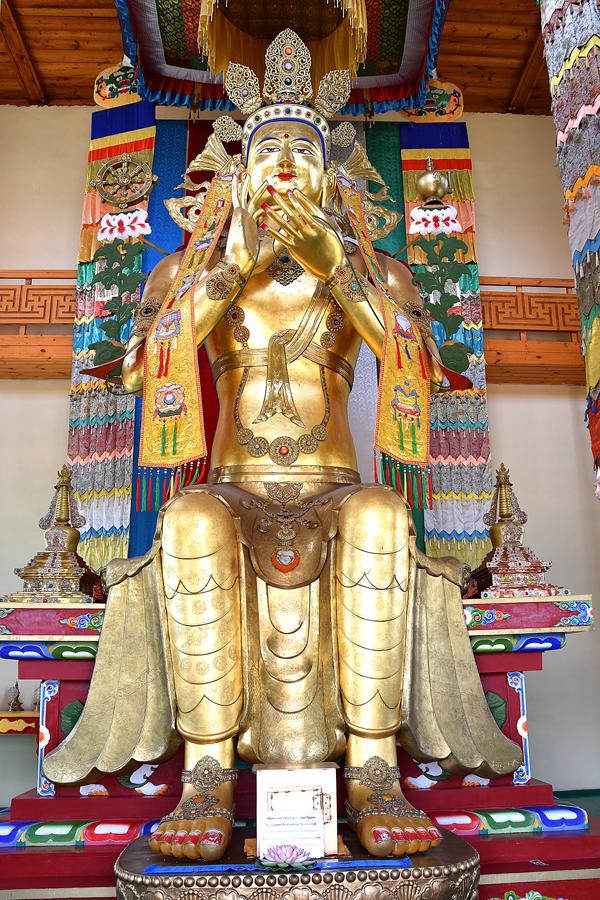 Будда Майтрея – грядущий Будда, преемник Будды Шакьямуни