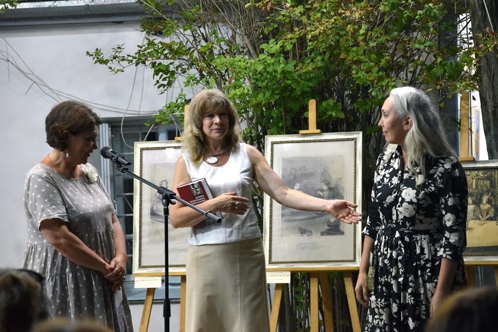 Ирина Чувилова, Наталия Мирошниченко, Влада Смирнова